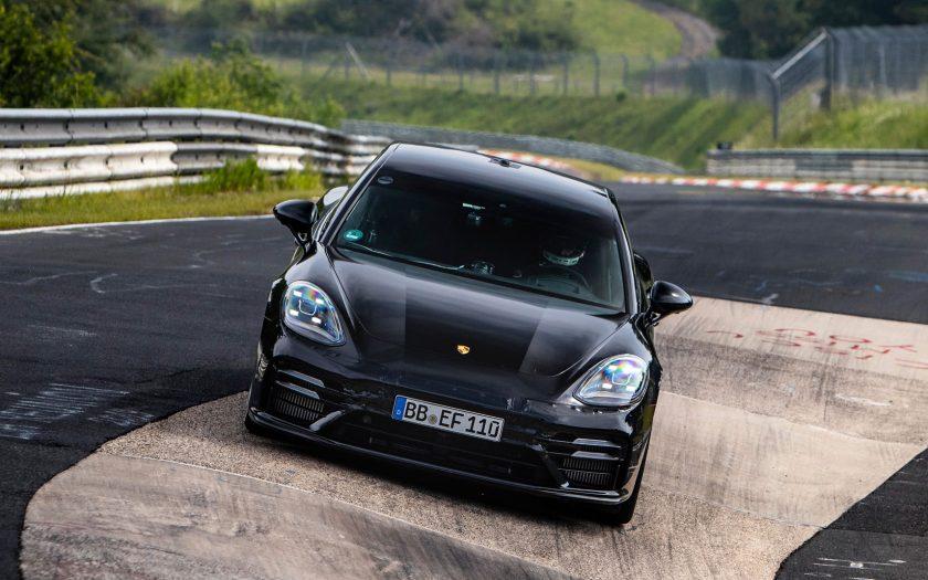 Porsche Panamera Нюрбургринг