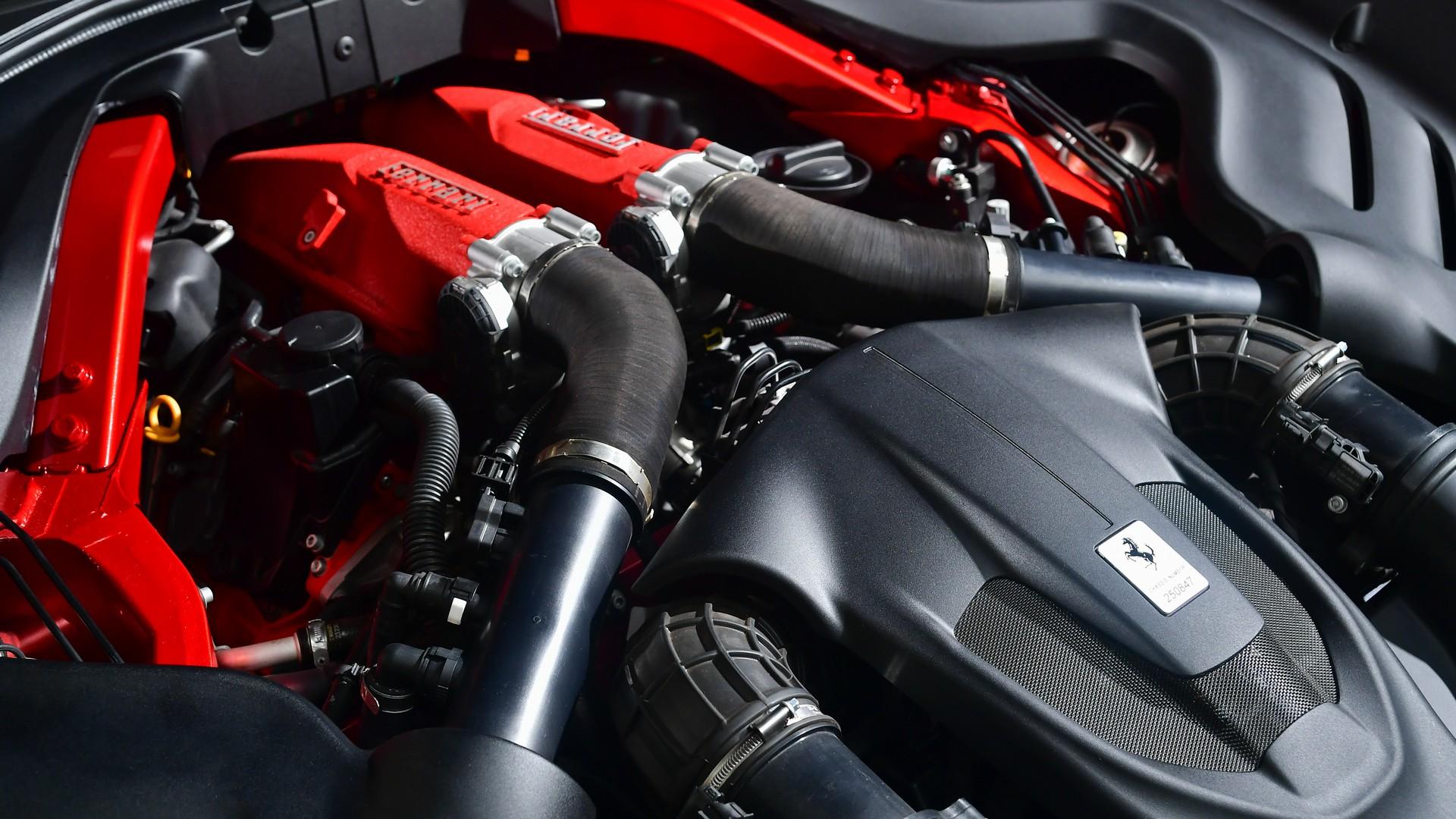 Битурбо V8 двигатель (3.9 литра и 620 л.с.)