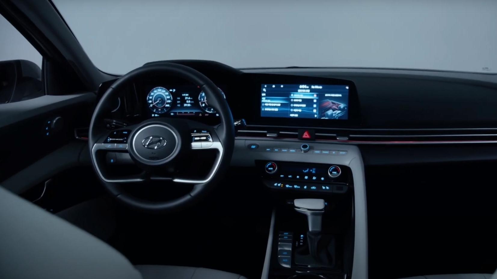 Приборная доска Hyundai Elantra