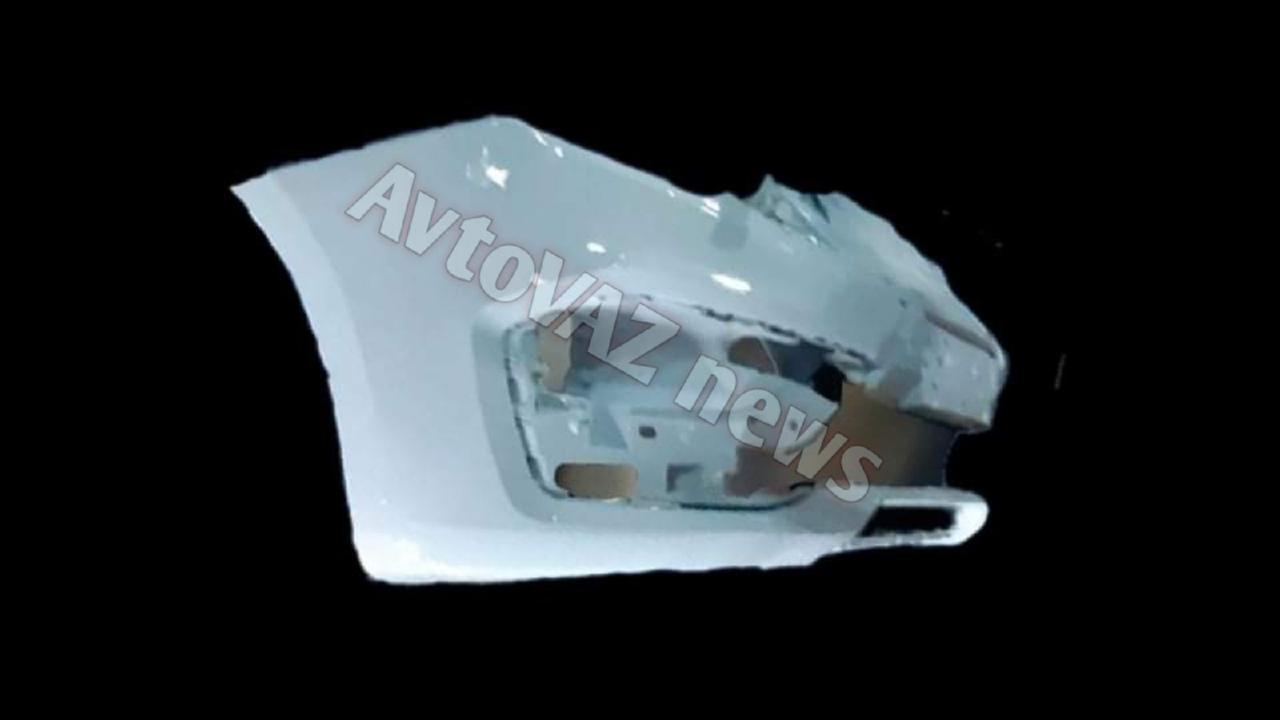 Часть бампера рестайлинговой Lada Vesta