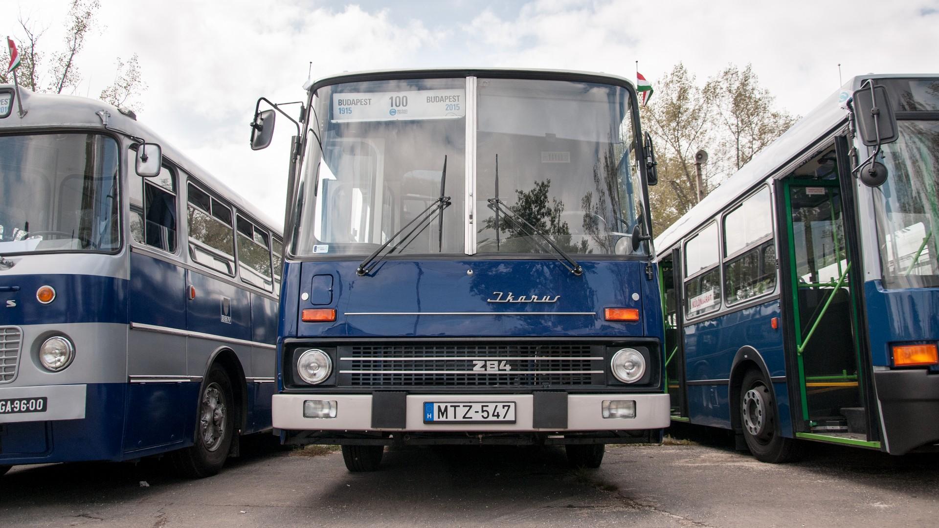 Ikarus 284