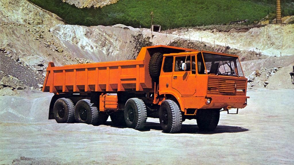 Грузовик Tatra T813 S1 8×8