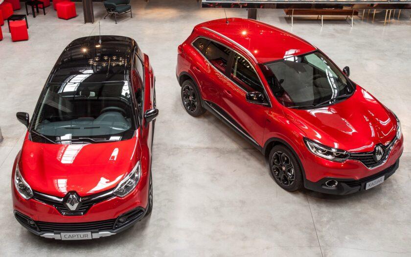 Renault Captur слева и Renault Kadjar справа