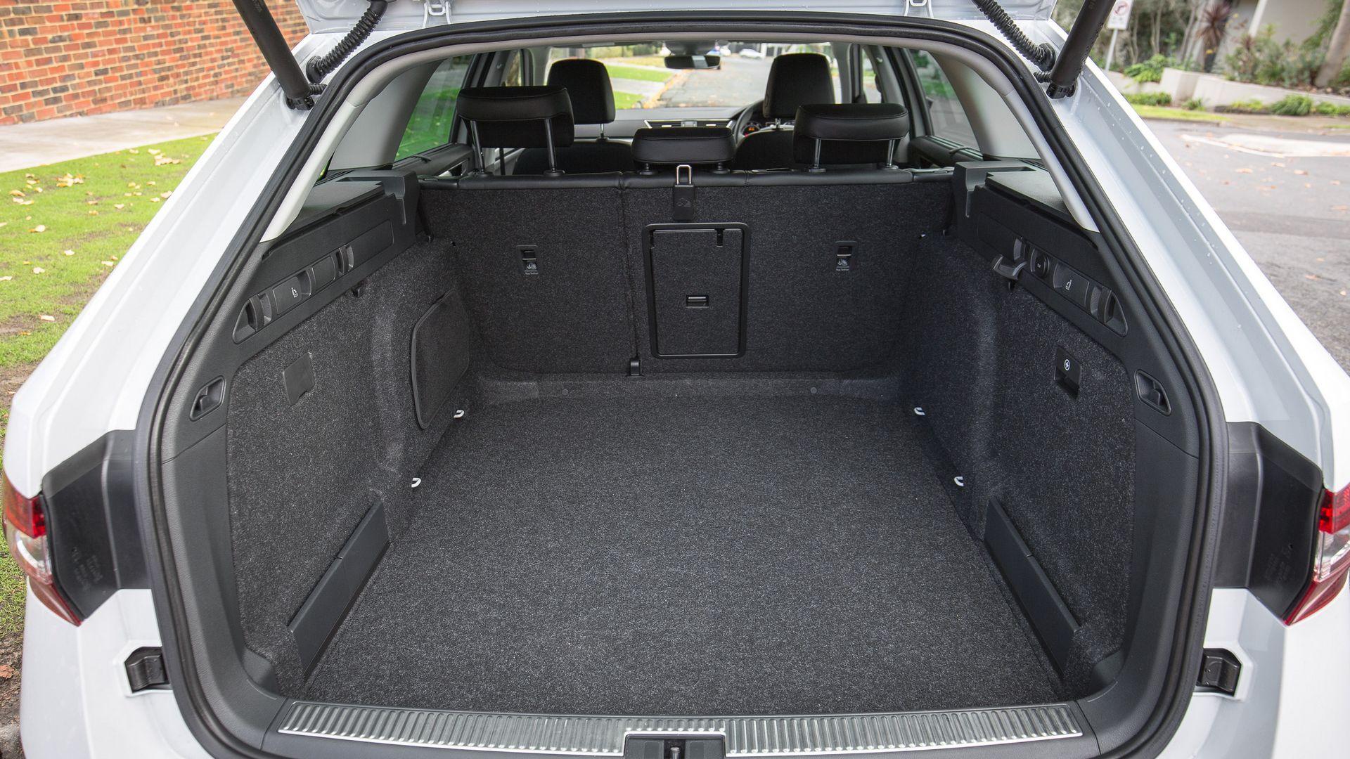 Багажника Skoda Superb Wagon