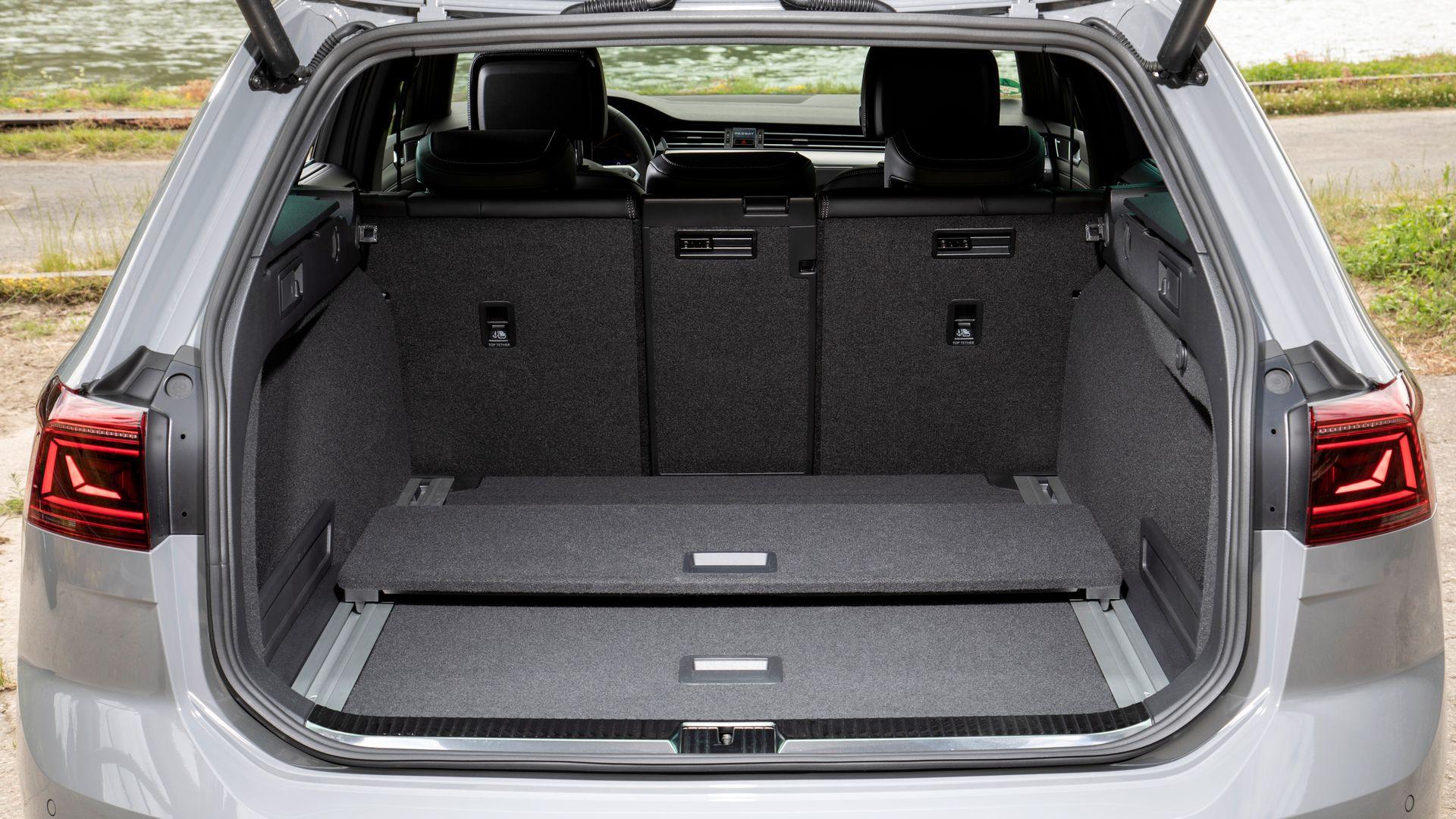 Багажник Volkswagen Passat Variant