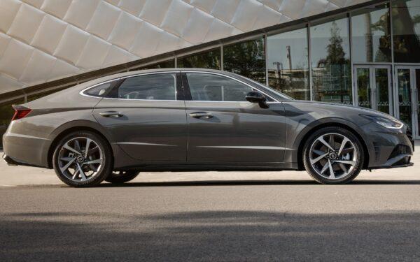 Hyundai Sonata восьмого поколения