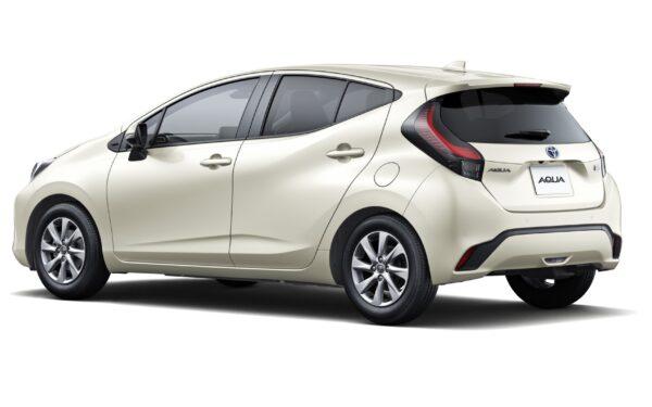 Toyota Aqua второго поколения